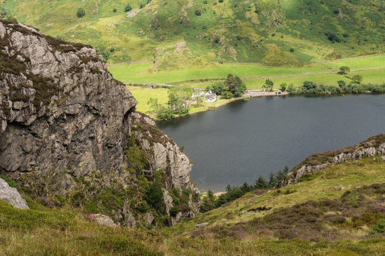 Dropping to Llyn Cwellyn-yes it is steep