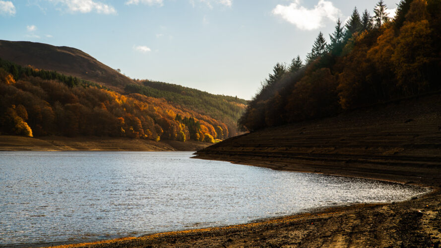 Low afternoon sun on a very low Ladybower Reservoir
